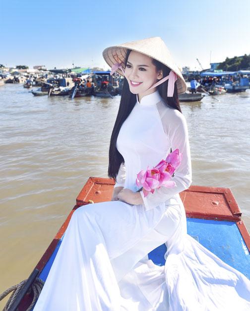 """Vẻ sexy của người đẹp Đà Nẵng vừa có đám cưới 10 tỷ với đại gia """"mía đường"""" - 10"""