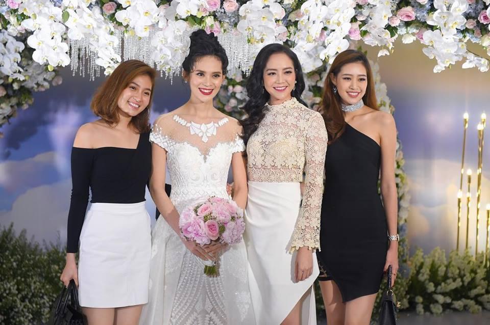 """Vẻ sexy của người đẹp Đà Nẵng vừa có đám cưới 10 tỷ với đại gia """"mía đường"""" - 13"""