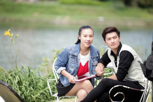 Cảnh diễn tình tứ của Huỳnh Anh và các người đẹp chẳng kém Hoàng Oanh - 4