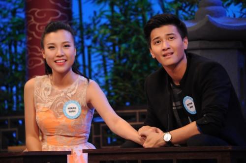 Cảnh diễn tình tứ của Huỳnh Anh và các người đẹp chẳng kém Hoàng Oanh - 3
