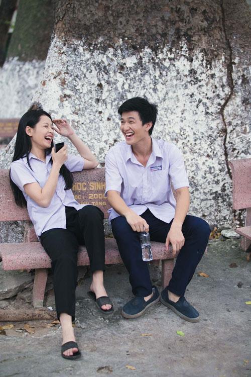 Cảnh diễn tình tứ của Huỳnh Anh và các người đẹp chẳng kém Hoàng Oanh - 8