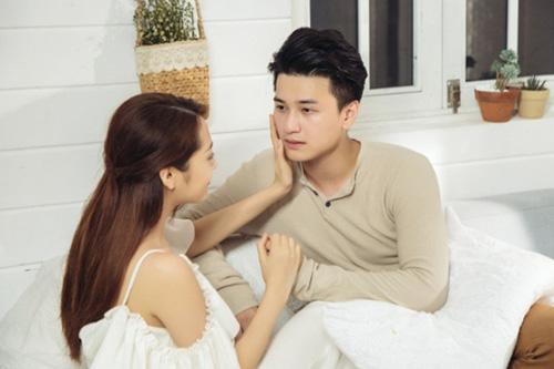 Cảnh diễn tình tứ của Huỳnh Anh và các người đẹp chẳng kém Hoàng Oanh - 5