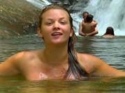 Phim - Cô gái tắm tiên khắp thế giới và những chuyện lạ lùng ít biết