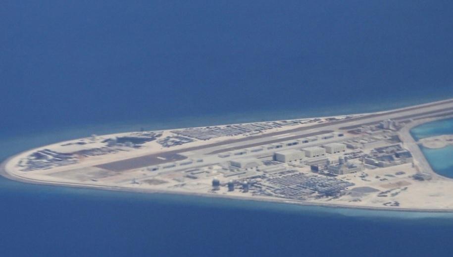 Mỹ tố TQ xây dựng hàng loạt cơ sở quân sự ở Biển Đông - 1