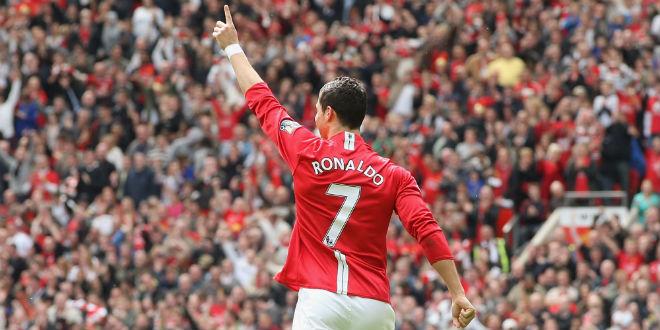 Ronaldo - huyền thoại đương đại: Bất tử từ những tranh cãi, thị phi (P2) - 2