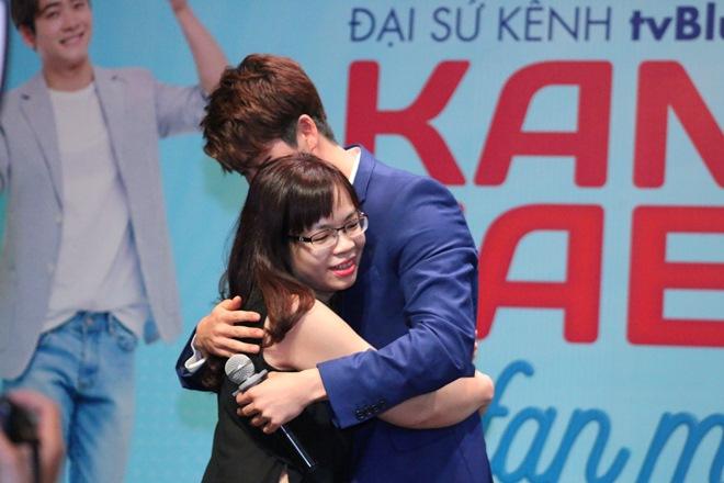 """Kang Tae Oh khiến mẹ bỉm sữa """"sướng rơn"""" sau khi vượt 2.000 km - 2"""