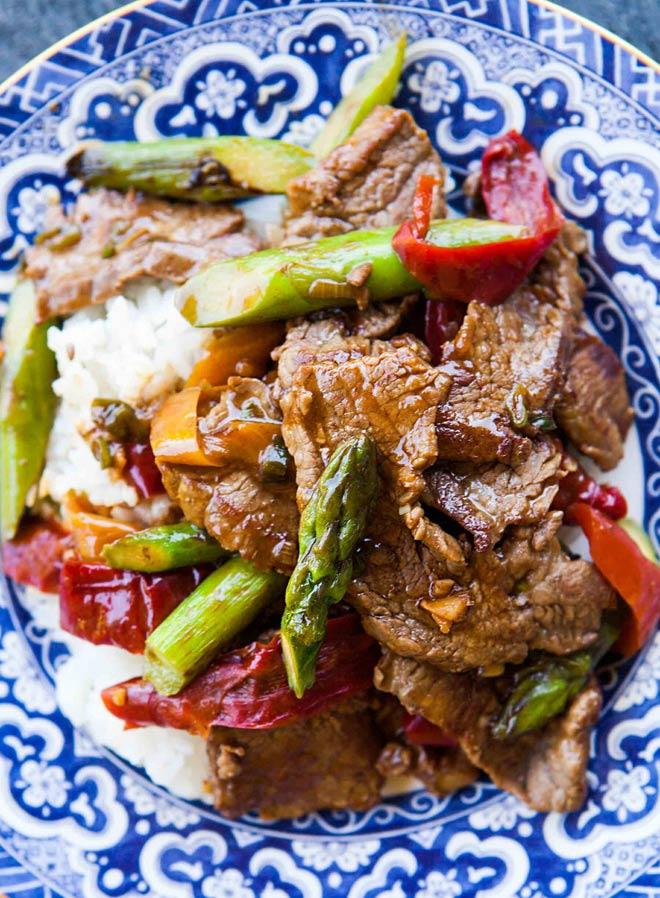 Bữa tối ngon hết ý với thịt bò xào ớt mềm ngon, bắt mắt - 3