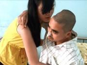 Phim - Thực hư tin vợ Nguyễn Hoàng ôm con bỏ đi khi chồng thoi thóp bệnh tật