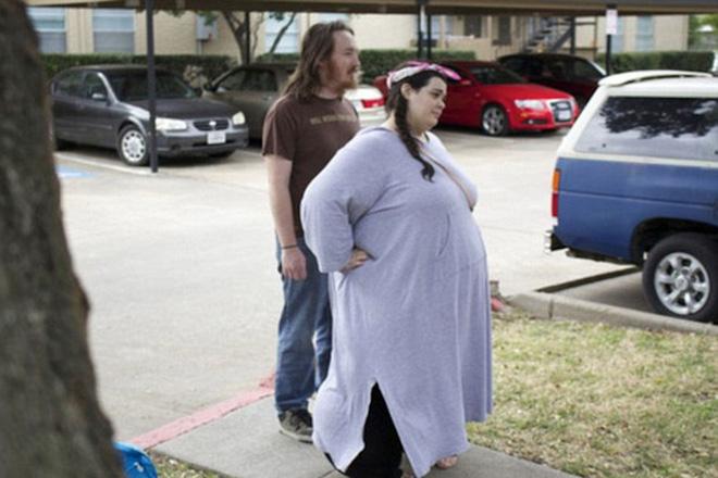Choáng với màn giảm cân kinh thiên động địa của cô gái 300kg - 3