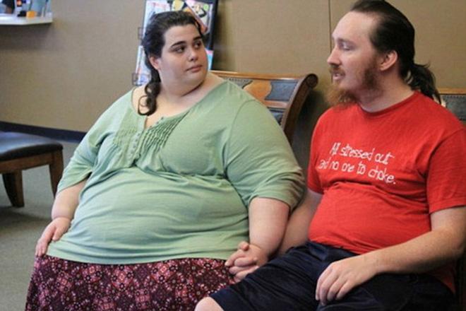 Choáng với màn giảm cân kinh thiên động địa của cô gái 300kg - 4