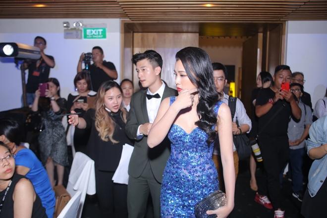 Huỳnh Anh, Hoàng Oanh ngồi bên nhau thân mật hậu chia tay - 1