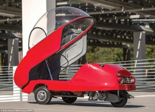 Độc đáo chiếc ô tô nhỏ nhất thế giới Peel Trident giá 2,3 tỷ đồng - 3