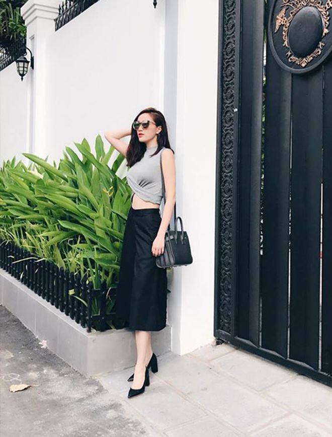 """Hoàng Thùy Linh, Đông Nhi đua nhau diện """"mốt không quần"""" - 2"""