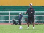 Bóng đá - Ai ép HLV Hữu Thắng đưa trẻ U-20 lên tuyển?