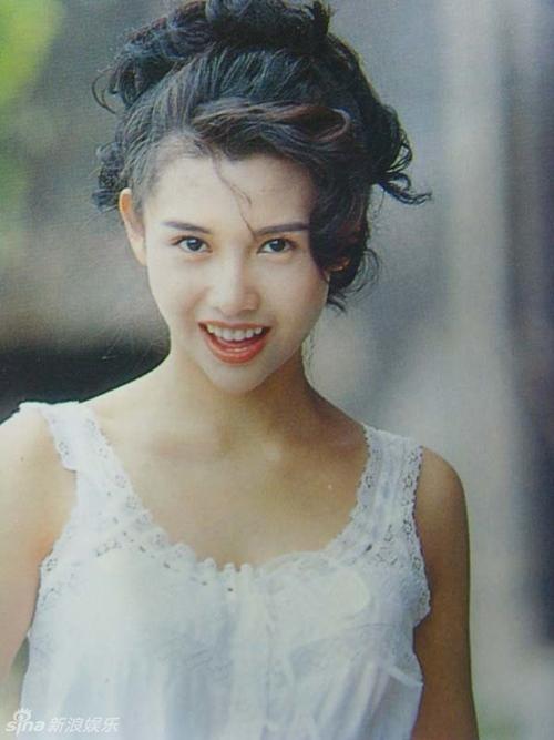 """Con gái xinh như mộng của """"nữ thần phim người lớn"""" Hong Kong - 1"""
