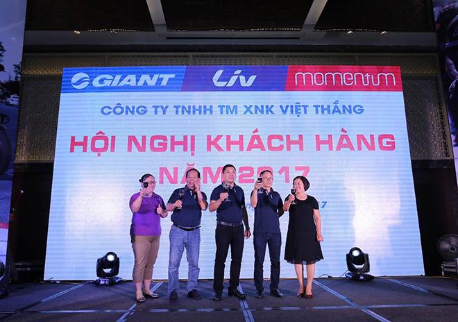 GIANT Việt Nam hào phóng tặng xe điện 133DS mới ra mắt cho khách - 3