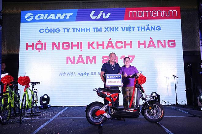 GIANT Việt Nam hào phóng tặng xe điện 133DS mới ra mắt cho khách - 5