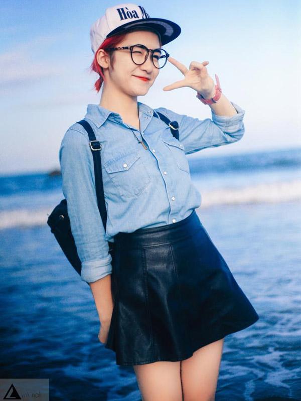 Hòa Minzy khoe style học sinh cực đáng yêu - 6