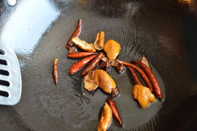 Thịt bò sốt cam lạ miệng đưa cơm - 3