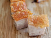 Bí quyết cho món thịt quay giòn rụm ngon hơn ngoài hàng