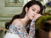 """Ngoài nhan sắc, Lưu Diệc Phi chắc chắn khiến fan  """" cuồng """"  vì điều này"""