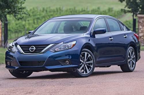 Nissan trang bị phanh tự động cho tất cả xe từ 2018 - 1