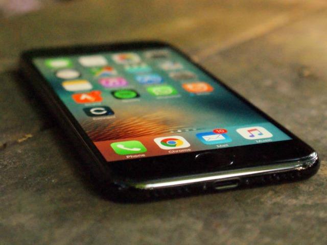 iPhone 8, iPhone 7s đồng loạt xuất hiện, màn hình phủ toàn mặt trước - 4