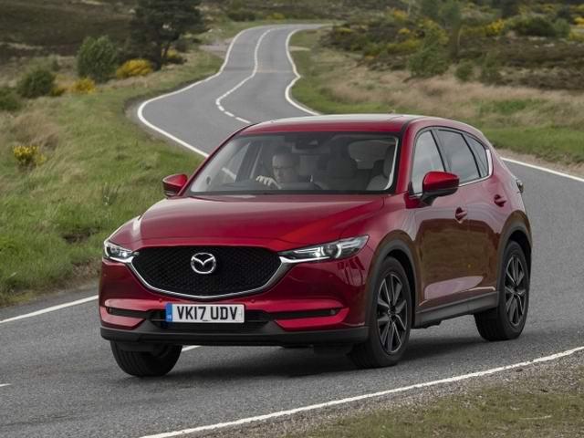 Mazda CX-5 2017 máy dầu giá 976 triệu đồng