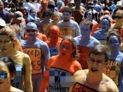 Phi thường - kỳ quặc - Hàng trăm người Mỹ khỏa thân giữa Quảng trường Thời đại