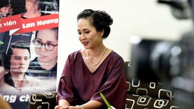 """Nghệ sĩ Lan Hương """"Sống chung với mẹ chồng"""": Xem phim, có người muốn đấm tôi - 3"""