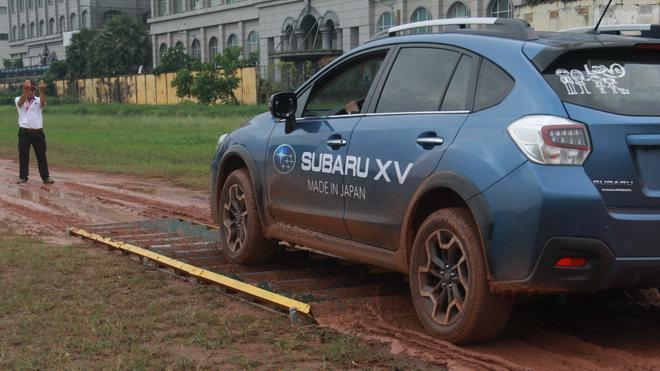 Offroad ngay giữa Sài Gòn với xe Subaru - 2