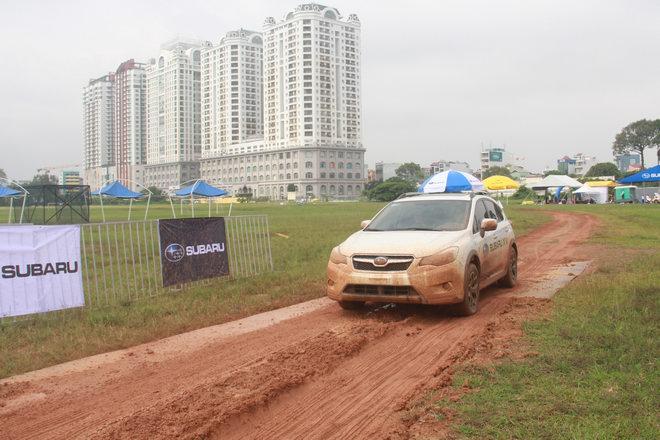 Offroad ngay giữa Sài Gòn với xe Subaru - 4