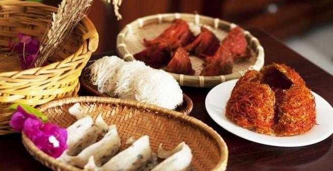 Top 10 đặc sản làm quà của Việt Nam, ăn một lần là nhớ suốt đời - 7