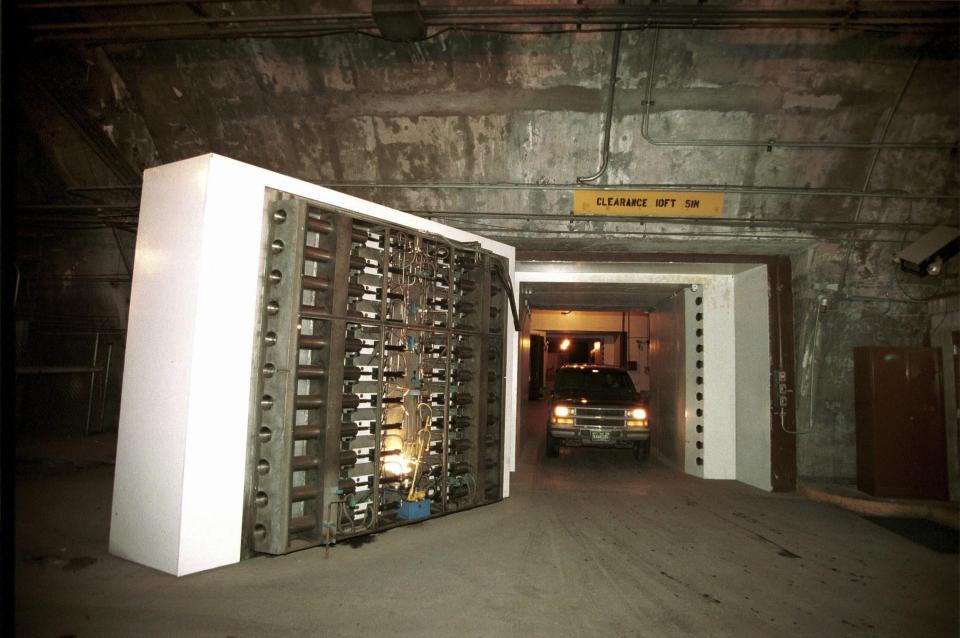 Bên trong hầm chống hạt nhân bí ẩn của giới chức Mỹ - 9