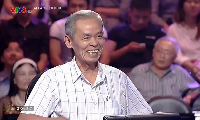 """MC Lại Văn Sâm và những lần """"dở khóc dở cười"""" trước triệu khán giả - 1"""