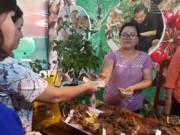 Tin tức trong ngày - Khóc, cười ở chợ sâm Ngọc Linh