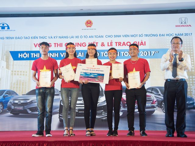 Thắng cuộc thi ôtô, sinh viên Thái Nguyên được đi Nhật - 6