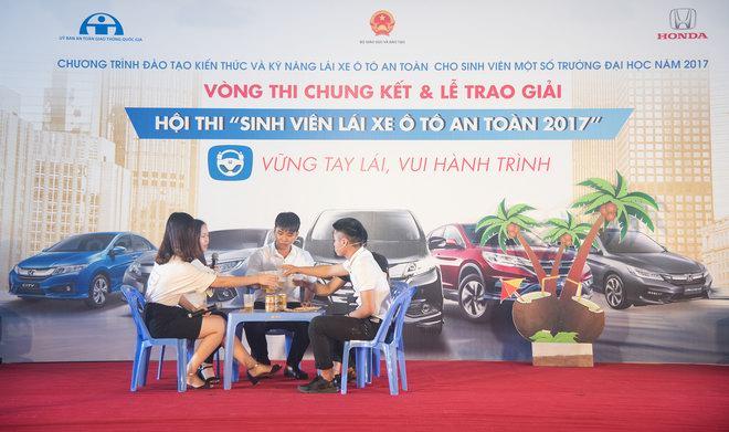Thắng cuộc thi ôtô, sinh viên Thái Nguyên được đi Nhật - 2