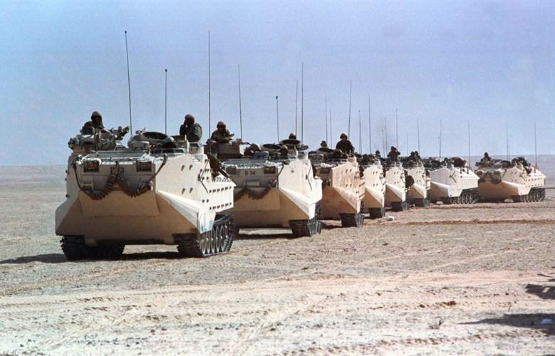"""Chiến tranh vùng Vịnh: """"Bão táp sa mạc"""" vùi dập Iraq - 6"""