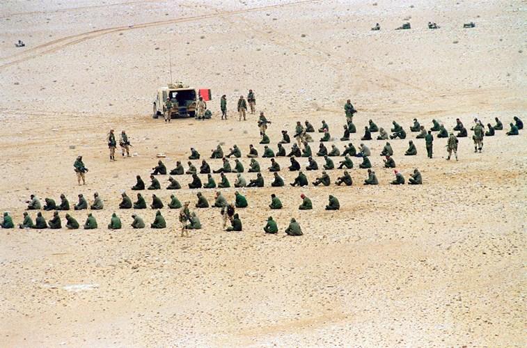 """Chiến tranh vùng Vịnh: """"Bão táp sa mạc"""" vùi dập Iraq - 8"""