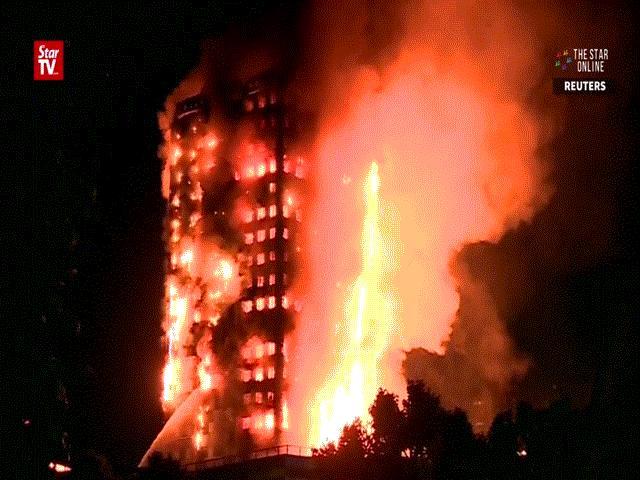 Nạn nhân vụ cháy London ôm nệm nhảy từ tầng cao xuống - 5