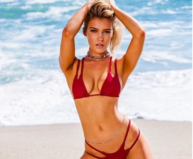 Bồ đẹp của siêu sao Liverpool mê bikini tí xíu chỉ đủ che chỗ hiểm - 5