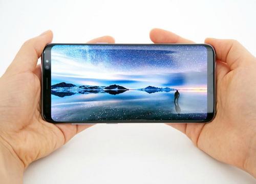 """Galaxy S8 kết hợp Gear VR 2017, Gear 360 2017: """"Hổ mọc thêm cánh"""" - 1"""
