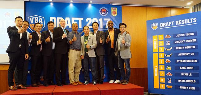 Giải bóng rổ số 1 Việt Nam: Bất ngờ với dàn sao Việt kiều - 2