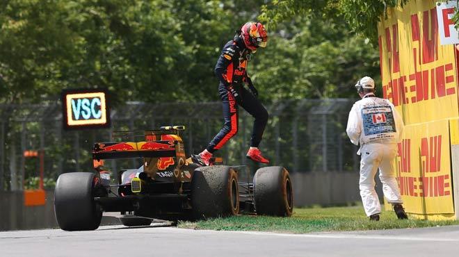 """Đua xe F1: """"Viên ngọc đen"""" chói sáng và Grand Slam thứ 4 - 2"""