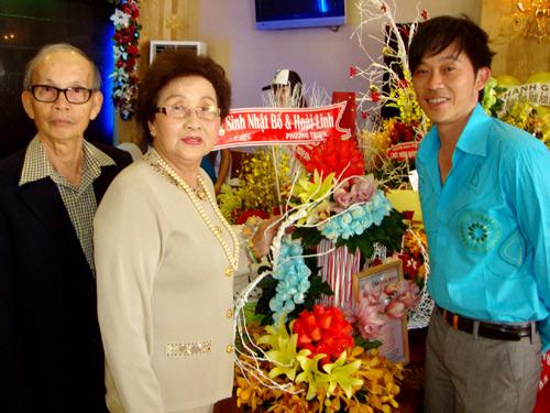"""4 người phụ nữ bên đời Hoài Linh và những chuyện """"thâm cung bí sử"""""""