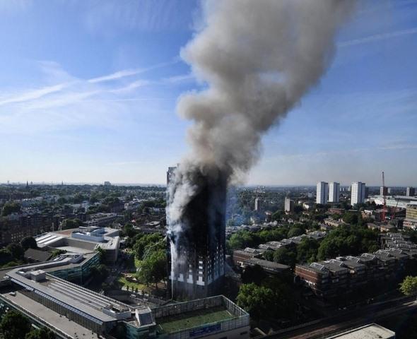 Sai lầm chết người khiến chung cư Anh cháy kinh dị - 1