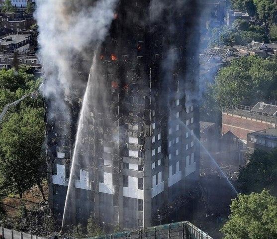 Sai lầm chết người khiến chung cư Anh cháy kinh dị - 4