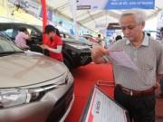 Thị trường - Tiêu dùng - Ràng buộc chặt hơn đối với nhà sản xuất ô tô