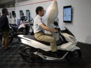 Thế giới xe - Honda PCX sẽ được trang bị túi khí an toàn như ô tô